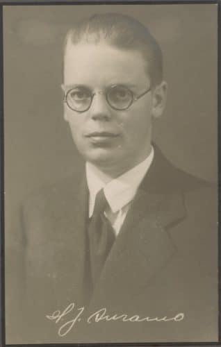 Vastavalmistunut diplomi-insinööri Hannu Auramo vuonna 1929